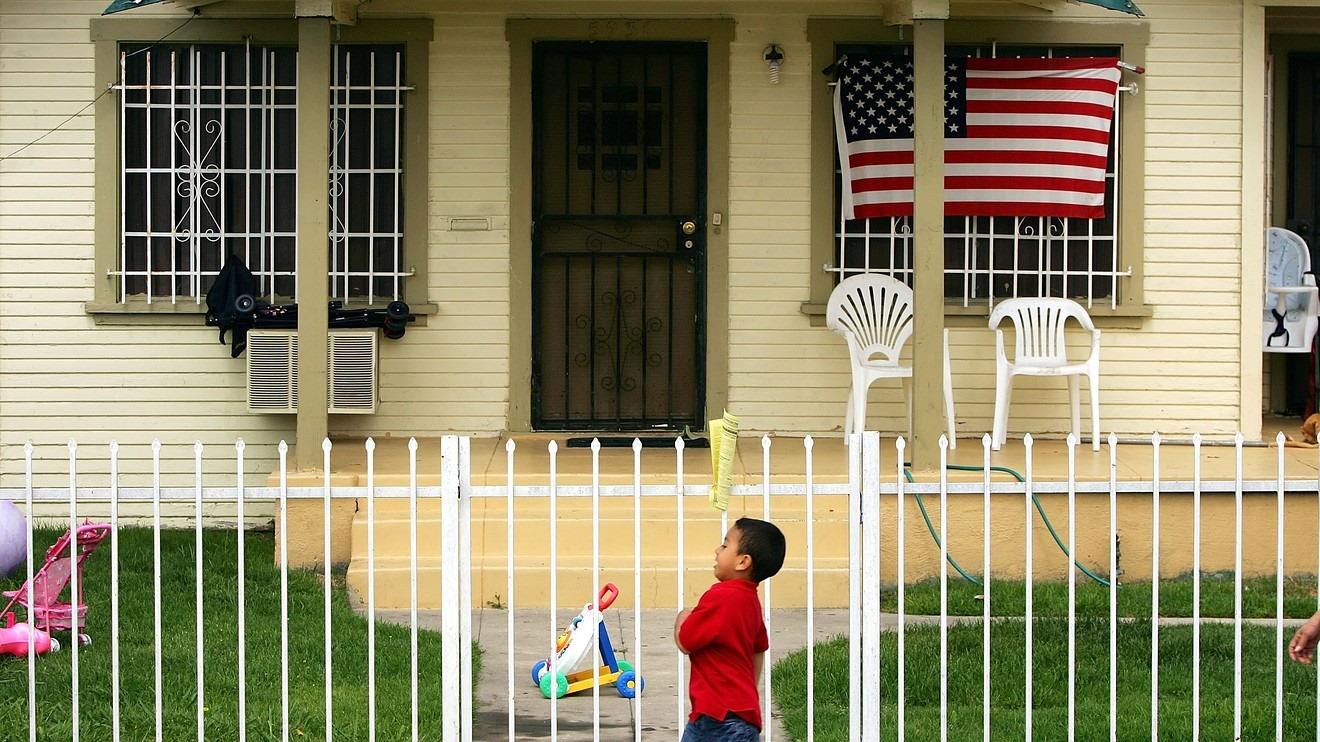 Mortgage rates hold at two-year lows, giving borrowers another shot at the action